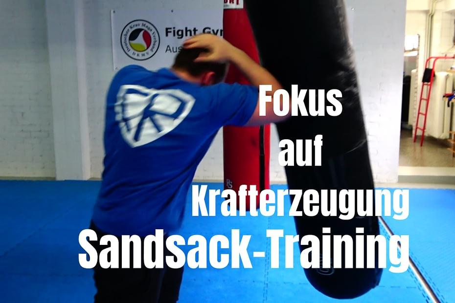 Sandsack - Training für effiziente und harte Schläge